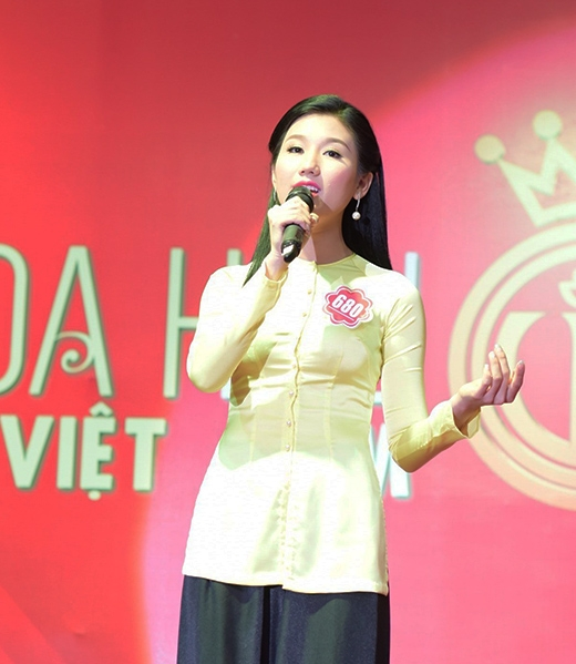 Nguyễn Thị Bảo Như, SBD 680 với tiết mục hát '2 lớp khóc Hoàng Kim' của tác giả Đình Duy
