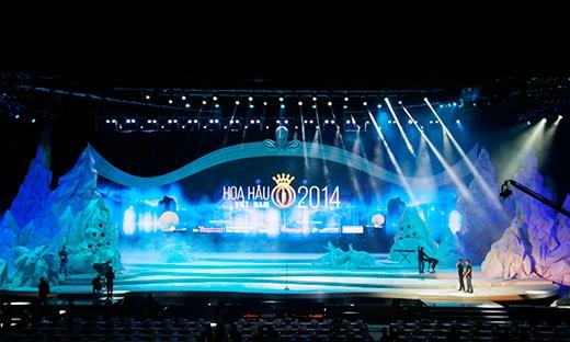 Sân khấu Chung kết Hoa hậu Việt Nam 2014 rực rỡ sắc màu