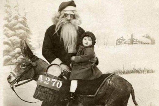 Các bé đừng sợ, ta là ông già Noel đây