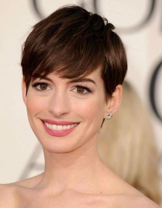 Bạn có thể nữ tính như Anne Hathaway