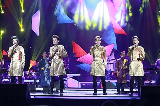 Ayor band và ca khúc 'Dáng em lụa là'.