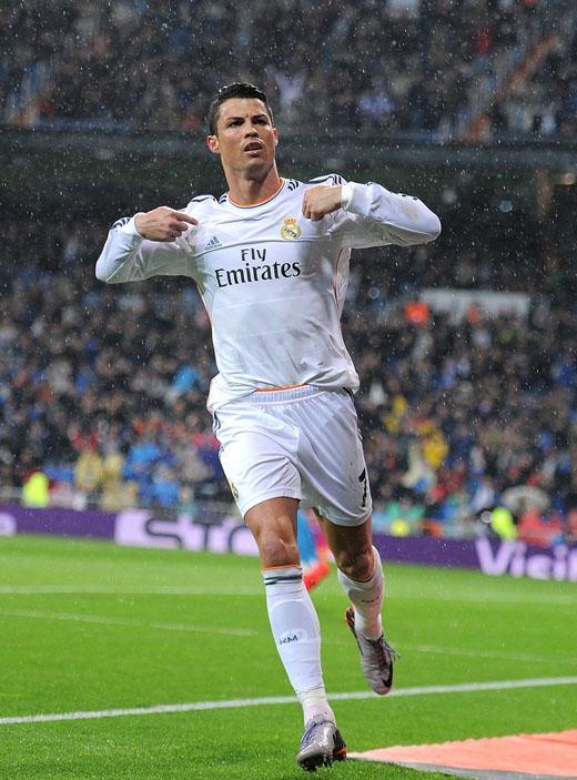 Không có hình ảnh nào của Cristiano Ronaldo có thể quyến rũ hơn hình ảnh khi anh đang ở trên sân cỏ.