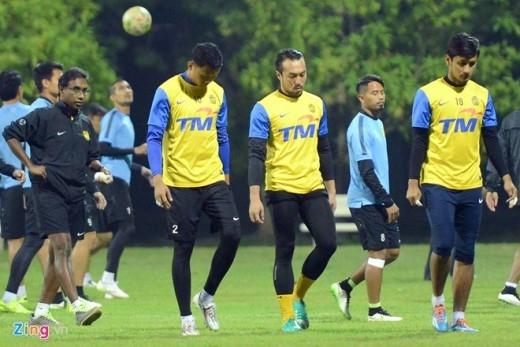 3 thủ môn của đội khách (áo vàng) sẽ phải đối mặt với hàng công đang có hiệu suất ghi 10 bàn/4 trận của ĐTVN.