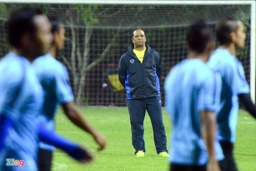 HLV Dollah Salleh lo lắng cho chiếc ghế của mình nếu ĐT Malaysia không thể lật ngược thế cờ giành vé vào chơi trận chung kết AFF Cup 2014.