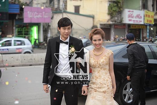 Huyền Lizzie và chú rể Lynh Hoàng có mặt tại địa điểm tổ chức đám cưới - Tin sao Viet - Tin tuc sao Viet - Scandal sao Viet - Tin tuc cua Sao - Tin cua Sao