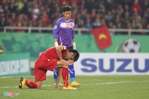 Trận thua 2-4 trước Malaysia trước Malaysia khiến VFF nháo nhào nhờ cậy cảnh sát điều tra vào cuộc vì không tin sự trong sạch của các cầu thủ. Ảnh: Lê Hồ.
