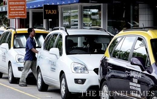 Taxi ở Brunei rất ít, muốn đi là phải gọi điện đặt trước. Ảnh The Brunei Times