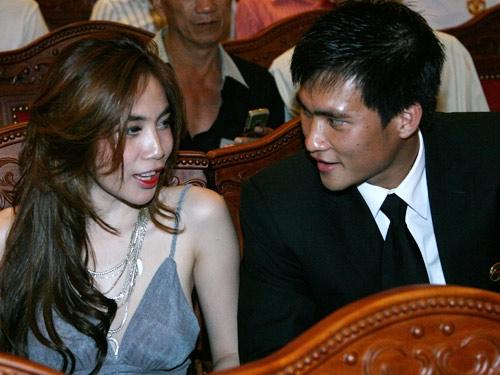 Hình ảnh của cặp đôi tại lễ trao giải Quả bóng vàng 2008 - Tin sao Viet - Tin tuc sao Viet - Scandal sao Viet - Tin tuc cua Sao - Tin cua Sao