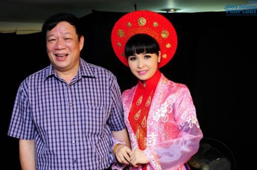 Vợ chồng ca sĩ Trang Nhung. - Tin sao Viet - Tin tuc sao Viet - Scandal sao Viet - Tin tuc cua Sao - Tin cua Sao
