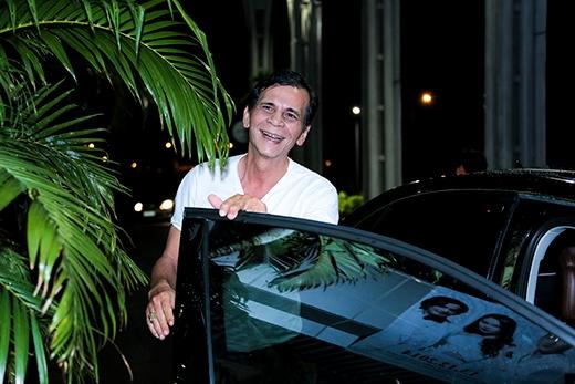 Bố Hồ Ngọc Hà đưa con gái đi diễn bằng xe sang - Tin sao Viet - Tin tuc sao Viet - Scandal sao Viet - Tin tuc cua Sao - Tin cua Sao