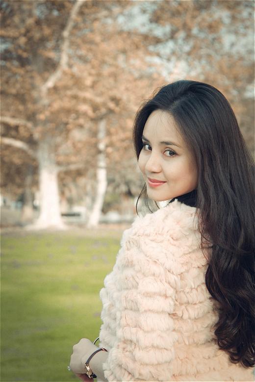 Vy Oanh cũng thông tin thêm cô đang thực hiện album mới và từ giờ đến khi ra album mới cô nàng sẽ cho ra mắt các single và tổng hợp ý kiến ca khúc nào được yêu thích nhất và nhì sẽ cho ra mắt các MV. - Tin sao Viet - Tin tuc sao Viet - Scandal sao Viet - Tin tuc cua Sao - Tin cua Sao