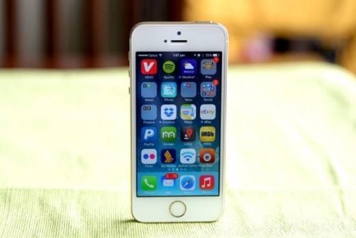 Những chiếc iPhone bản 16 GB đang khiến nhiều người khó chịu vì gặp vấn đề về lưu trữ. Ảnh: Techtimes.