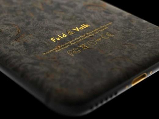 Nếu mức giá đó quá cao, các thượng đế có thể tùy chọn phiên bản iPhone 6 graphite này. Nó có giá 4.799 USD. Vỏ ngoài của máy được làm từ gỗ bạch dương.