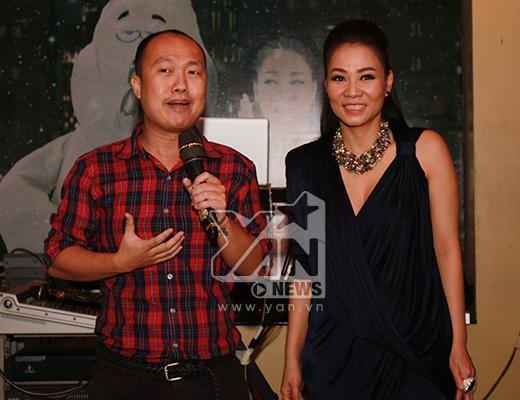 Thu Minh được đại diện của cộng đồng LGBT Việt Nam trao giải Ngôi sao của năm, Ca khúc của năm (Cứ thế mà đi) do người đồng giới bình chọn. - Tin sao Viet - Tin tuc sao Viet - Scandal sao Viet - Tin tuc cua Sao - Tin cua Sao