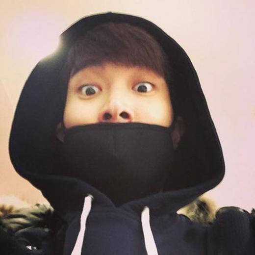 Siwon làm mặt ngộ nghĩnh khi vừa đến Bắc Kinh