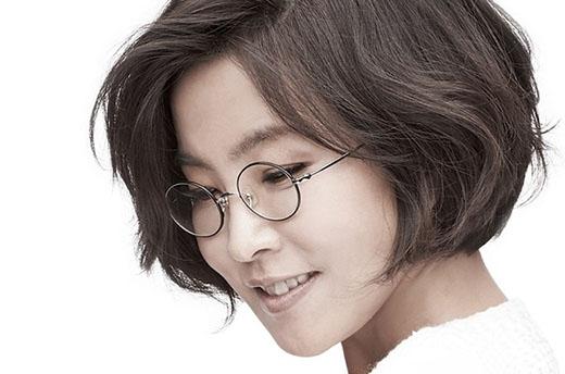 Xếp thứ 5 là ca sỹ kỳ cựu Lee Sun Hee trên tổng độ tuổi với tỷ lệ bình chọn là 8.4% và đặc biệt được yêu thích nhất bởi những khán giả ở độ tuổi 40-50 tuổi.