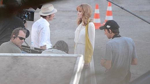 Brad và Angelina trên phim trường By the Sea