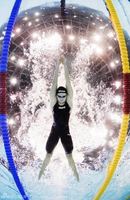Ngày 19/8, VĐV bơi lội người Nga trong vòng thi 100m tại LEN European Championships.