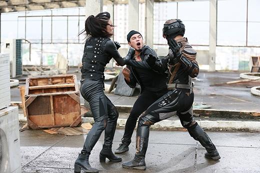 Có nhiều cảnh hành động, chiến đấu với 'Siêu nhân X'. - Tin sao Viet - Tin tuc sao Viet - Scandal sao Viet - Tin tuc cua Sao - Tin cua Sao