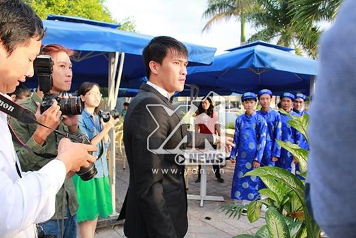 Rất nhiều đơn vị truyền thông đã có mặt ở Kiên Giang để đưa tin về diễn biến đám cưới Thủy Tiên - Công Vinh. - Tin sao Viet - Tin tuc sao Viet - Scandal sao Viet - Tin tuc cua Sao - Tin cua Sao