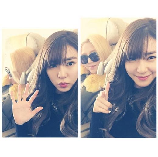Tiffany thích thú khoe hình cùng Hyoyeon khi lên đường sang Thượng Hải tham dự fan meeting, cô viết: 'Chuyến đi đầu tiên năm 2015. Đến giờ cất cánh rồi. Hẹn gặp lại các bạn. Chuyến đi tiếp theo là Bắc Kinh'.