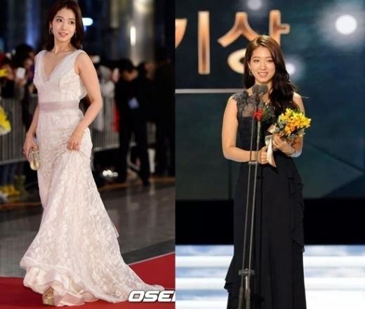 """Park Shin Hye sang trọng nhưng không quá """"dừ"""" với chiếc đầm tôn lên làn da trắng sáng của cô nàng. Trang phục khi lên nhận giải cũng khiến khán giả không khỏi suýt xoa với vẻ đẹp """"không dao kéo"""" của Park Shin Hye."""