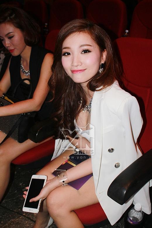 Phan Thiên Ngân - nữ ca sĩ trẻ được yêu thích qua những bản ballad tình cảm - Tin sao Viet - Tin tuc sao Viet - Scandal sao Viet - Tin tuc cua Sao - Tin cua Sao