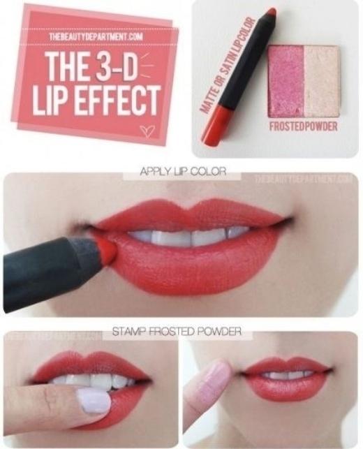 Một làn môi bóng bẩy 3 chiều chỉ với một ít phấn phủ nhẹ vào lòng môi.