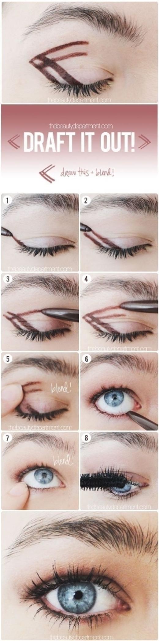Tuyệt chiêu này dành cho những nàng không biết cách đánh màu mắt hay thường đánh màu mắt 'lố' làm mắt trông lem nhem. Bằng cách vạch sẵn giới hạn và dùng tay tán đều, đôi mắt sẽ tươi sáng và đều màu hơn