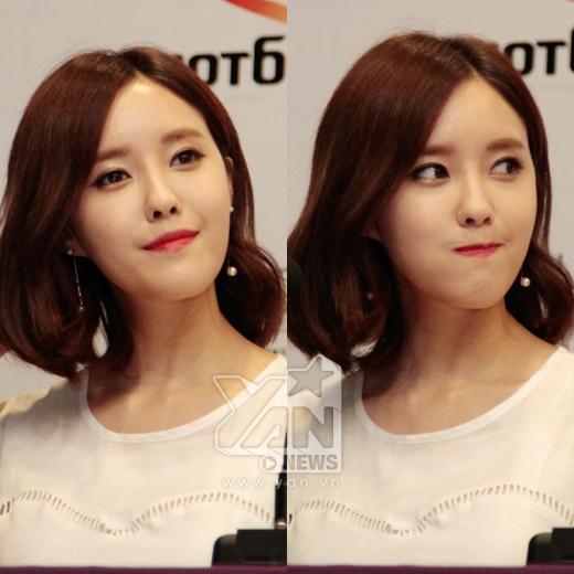 Biểu cảm của Hyo Min khi bị 5 thành viên còn lại 'tố cáo' là thành viên nghiện lên mạng xã hội nhất nhóm