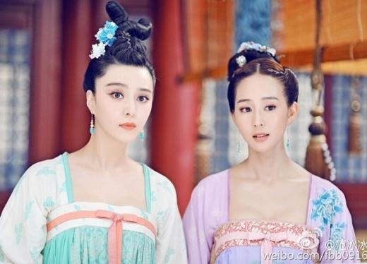 Trương Quân Ninh (phải) trong phim