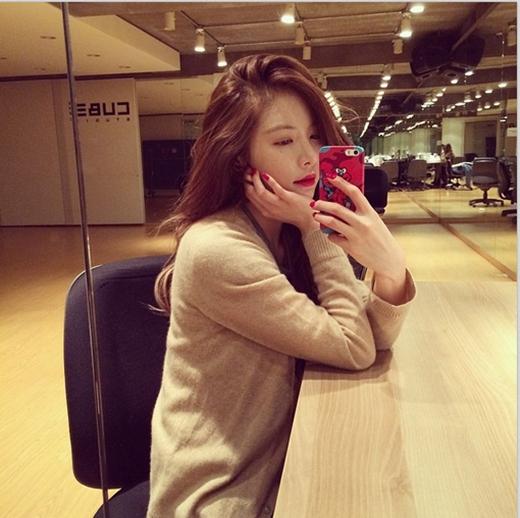 HyunA bất ngờ khoe hình quyến rũ trong phòng tập khiên fan vô cùng thích thú