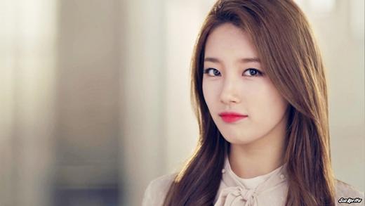 Suzy đã từng tham gia buổi thử giọng tại Super Star K và chạy theo một nhân viên của JYP vào phòng vệ sinh. Tại đây cô đã được chọn và sau 10 tháng làm thực tập sinh, Suzy chính thức ra mắt với tư cách là thành viên của Miss A.