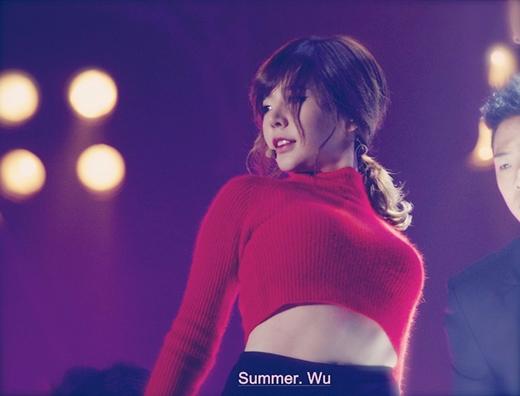 Sunny vốn dĩ là một thành viên thực tập sinh của một công ty khác và chuẩn bị tập luyện để ra mắt. Tuy nhiên, con đường này không được thành công và cô đã được SM chọn. Sau này, một số người mới phát hiện cô chính là cháu gái của chủ tịch SM - Lee Soo Man.