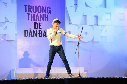 """Nguyễn Hiệp Ký đã thể hiện tài năng ca hát của mình qua ca khúc """"Vẽ"""""""