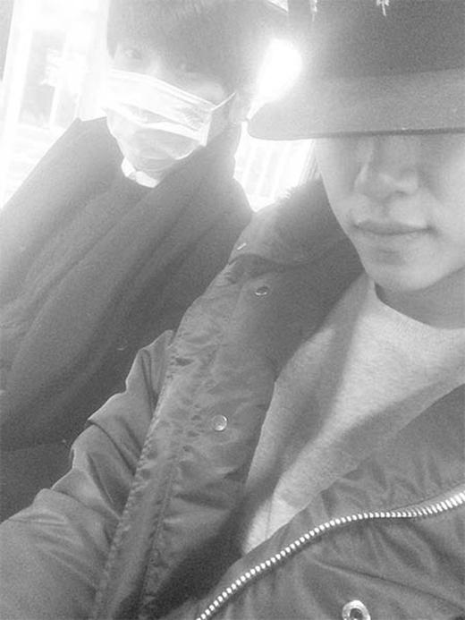 Daehyun (B.A.P) tạo sự bất ngờ khi ngồi trên xe bus.