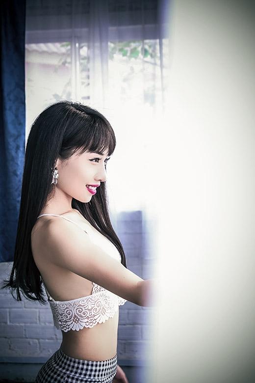 Hằng BingBoong sẽ cho ra mắt 2 ca khúc R&B và 2 MV mang tên Lối vắng và Tan vào nhau mãi