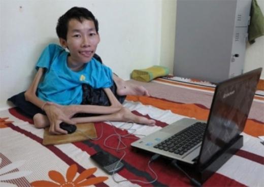 Chàng trai tài năng và nghị lực Nguyễn Công Hùng.