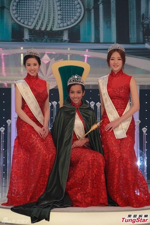 3 người đẹp đăng quang trong đêm chung kết
