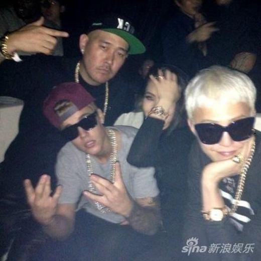 G-Dragon và Justin Bieber khá thân thiết