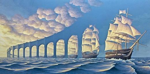 Là đoàn tàu đang đi hay là bức tường thành khổng lồ giữa biển khơi?