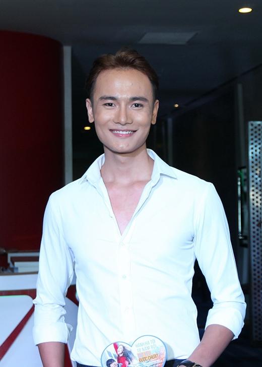 Á Quân Vietnam's Next Top Model 2014 Duy Anh cũng có mặt tại sự kiện. - Tin sao Viet - Tin tuc sao Viet - Scandal sao Viet - Tin tuc cua Sao - Tin cua Sao