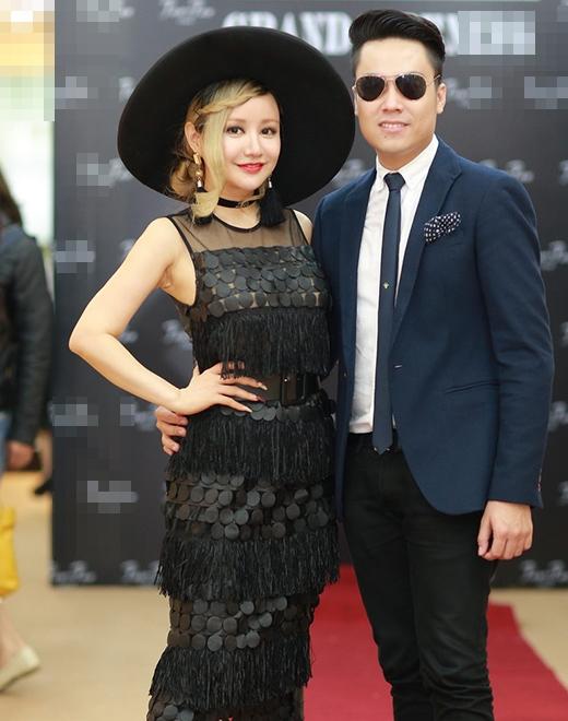 MC Việt Nga luôn gây chú ý với style thời trang khác biệt. - Tin sao Viet - Tin tuc sao Viet - Scandal sao Viet - Tin tuc cua Sao - Tin cua Sao