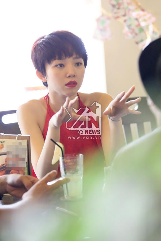 Với chất giọng khỏe, kỹ thuật hát live cực ổn, nữ ca sĩ được giới chuyên môn đánh giá là một trong những ứng viên nặng ký nhất trong cuộc thi. - Tin sao Viet - Tin tuc sao Viet - Scandal sao Viet - Tin tuc cua Sao - Tin cua Sao