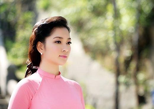 Nguyễn Thị Huyền đã bước sang tuổi 30... - Tin sao Viet - Tin tuc sao Viet - Scandal sao Viet - Tin tuc cua Sao - Tin cua Sao
