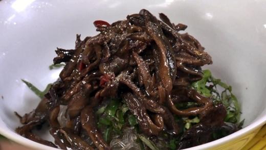 Trông ghê rợn nhưng món bún lươn này lại cực bổ dưỡng