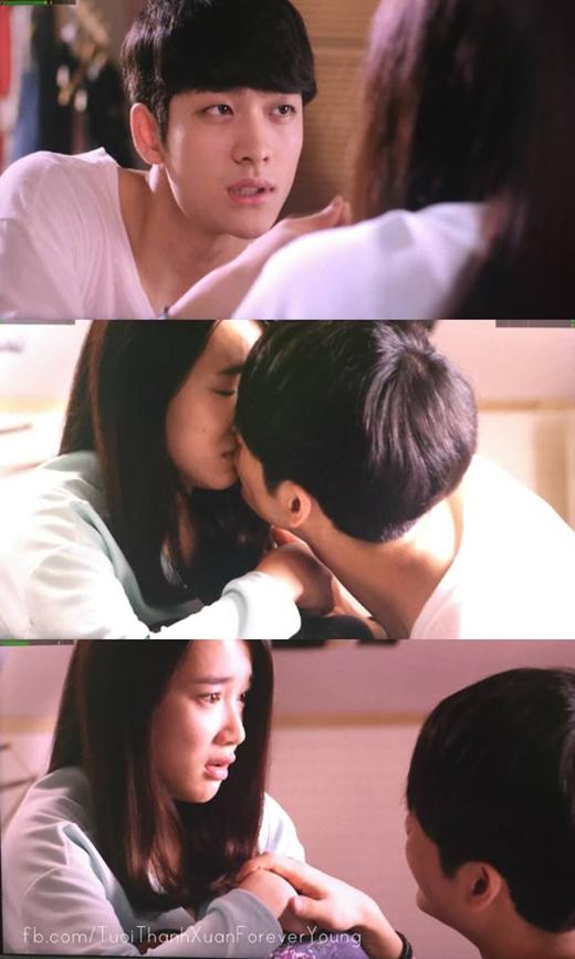 Jun Su ranh mãnh không bỏ lỡ bất kì cơ hội nào để 'hôn trộm' Linh.