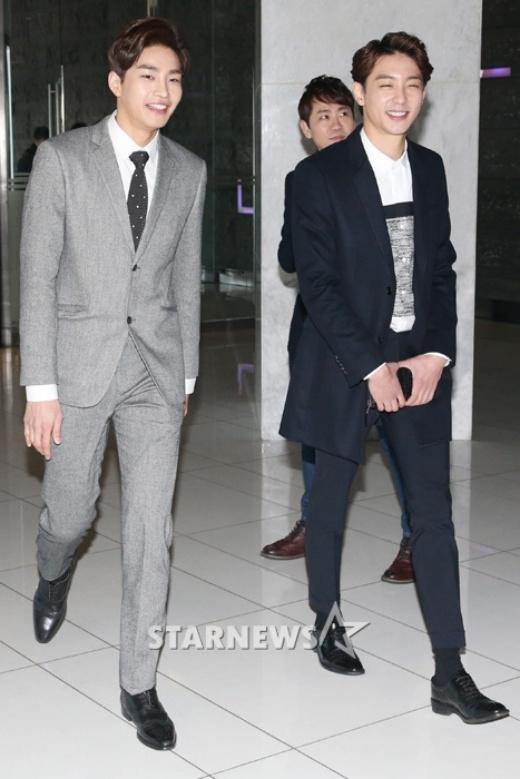 Kim Jae Yeong và Hyun Woo