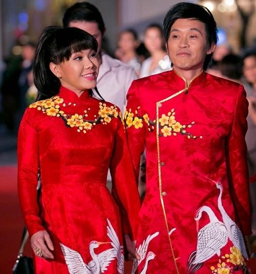 Danh hài 'nghiện' áo dài khi có một bộ sưu tập đủ màu sắc khác nhau. - Tin sao Viet - Tin tuc sao Viet - Scandal sao Viet - Tin tuc cua Sao - Tin cua Sao