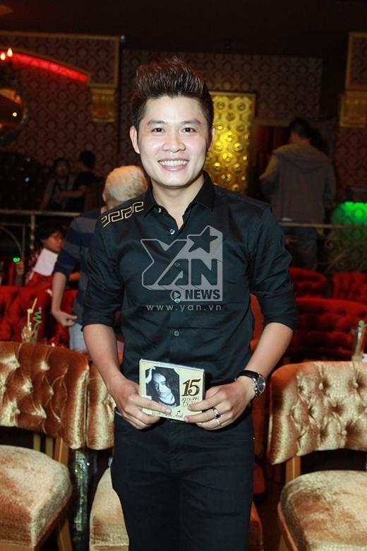 'Hit- maker' Nguyễn Văn Chung đã hỗ trợ rất nhiều cho sản phẩm lần này của học trò. - Tin sao Viet - Tin tuc sao Viet - Scandal sao Viet - Tin tuc cua Sao - Tin cua Sao